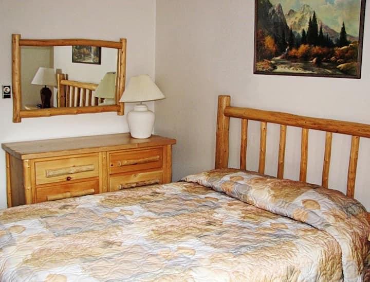 Ski 2 bedroom Unit