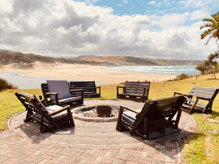 Wild Coast Accomodation - Xhosa Community Lodge
