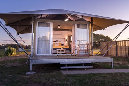 Absolute Beachfront GlampingTent