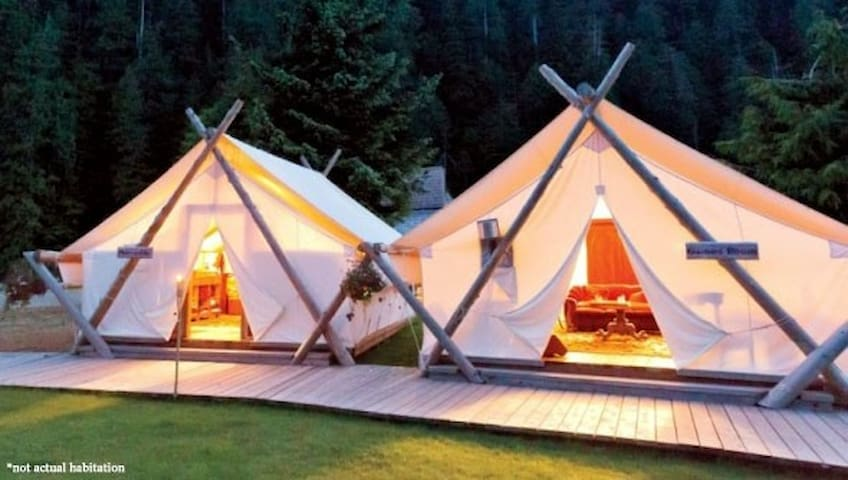 Imperial Luxury Country Glamping!