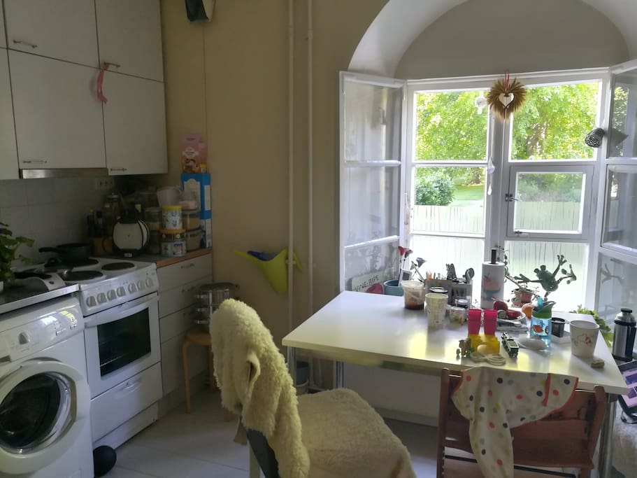 My kitchen from this morning - usually not this clean table... =D (June 1st 2018)