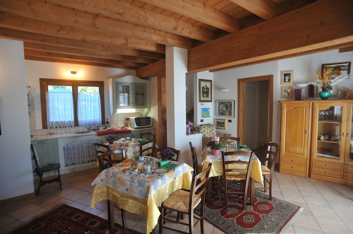 B&B Casa Rosmar - camera tripla - Duino-aurisina - Bed & Breakfast