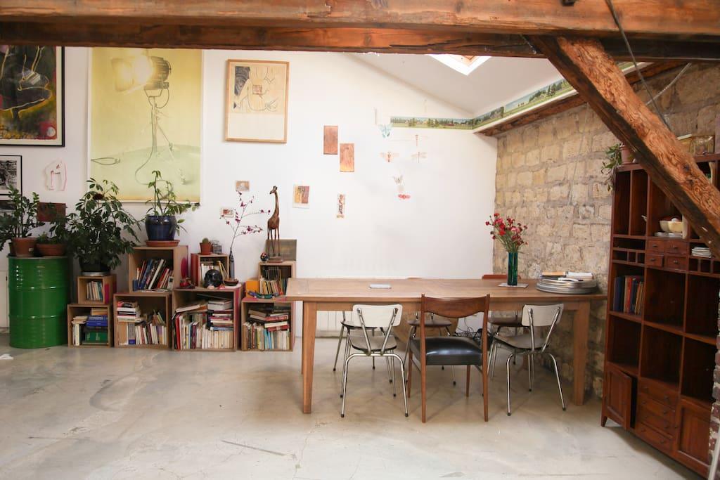 Loft atelier d 39 artiste proche paris lofts louer for Loft atelier artiste