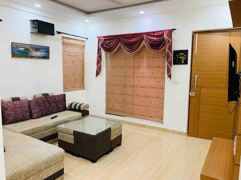 Luxurious Stay with Modern Amenities | Delhi NCT