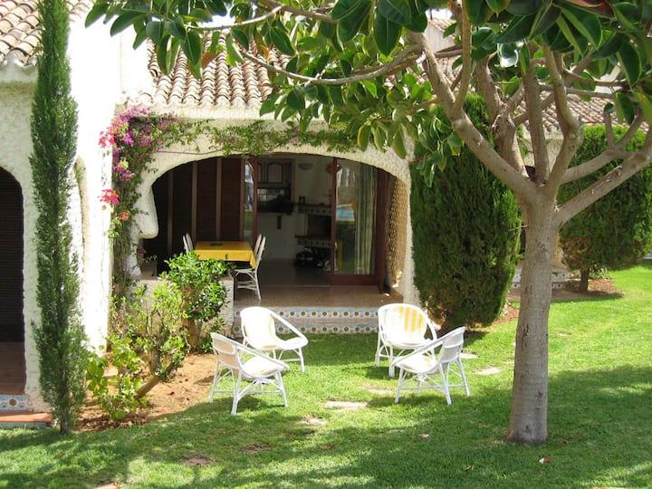 Peacefull Villa & WONDERFUL GARDEN