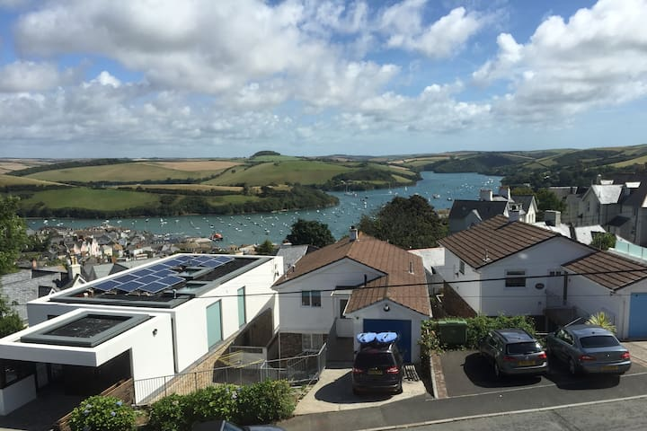 Family home in Salcombe, beautiful estuary views