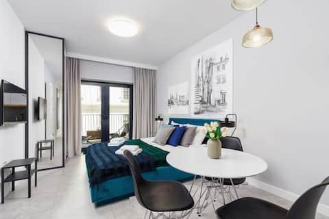 3 Rajska Street / Apartment with balcony