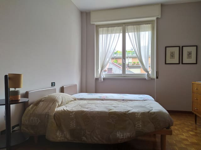 "B&B ""Papillon""-Single room with private bathroom"