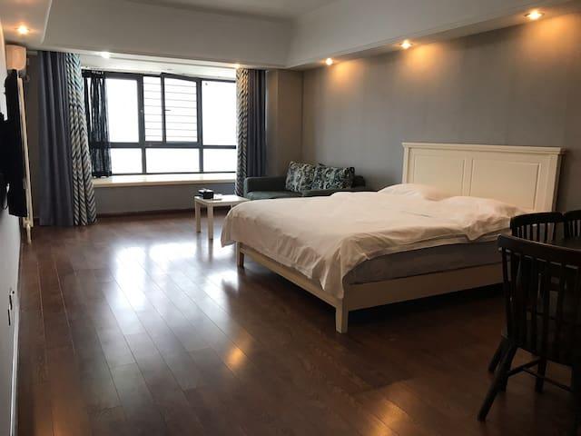 万达广场SOHO公寓景致大床房