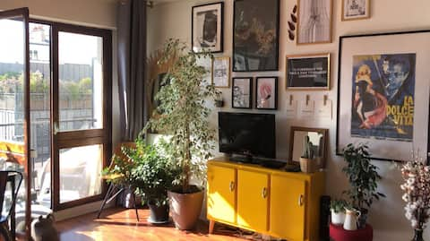 Cosy appartment with balcony in Paris