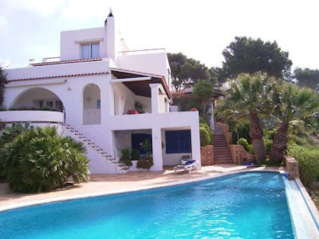 Superb villa with tremendous view - Sant Joan de Labritja - Rumah