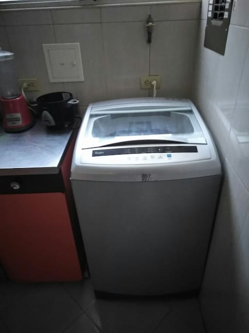 Washer Available Lavadora Disponible