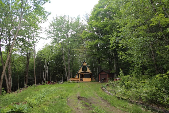 Quaint A-Frame Cabin on 20 acres in Vermont