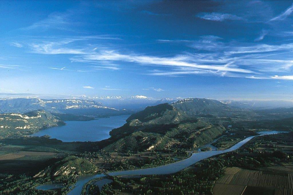 Le lac et le Rhône vus du ciel