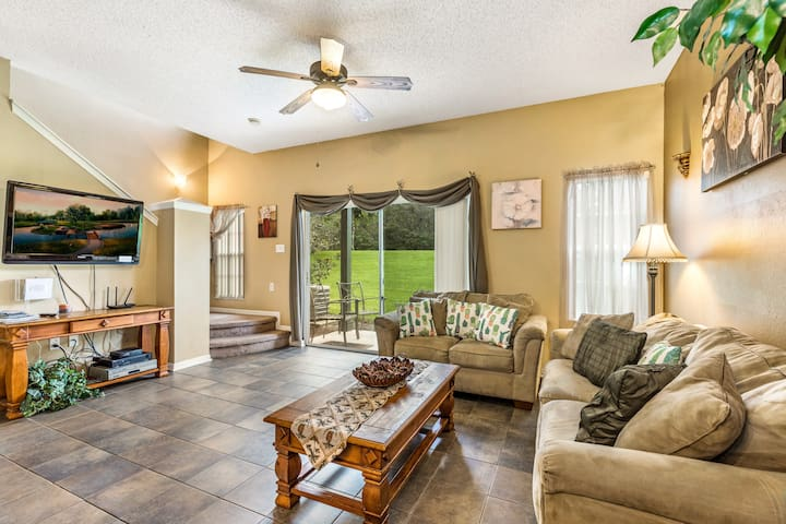 Great resort townhouse 2 miles from Disney-27