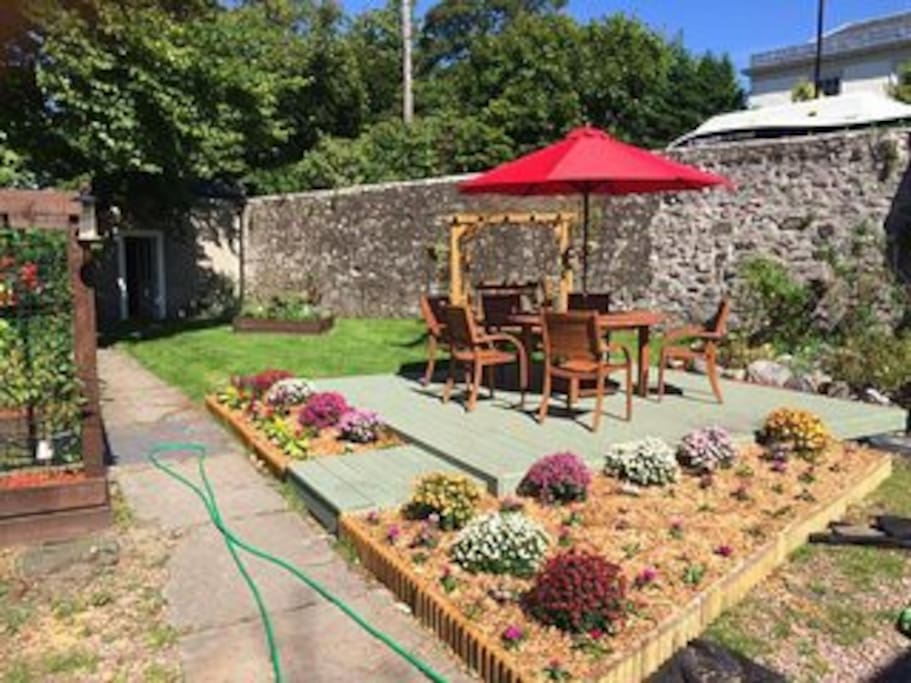 Communal patio deck