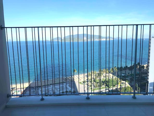 KYMODO OCEANVIEW 2 Rooms With huge Balcony 15