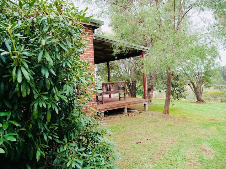 Blackbutt Cottage - Manjimup - Free WiFi