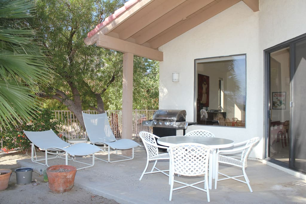 Step outside the sliding glass doors in the living room to either of the 2 patios