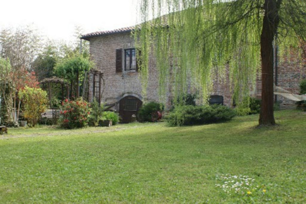 giardino lato salice