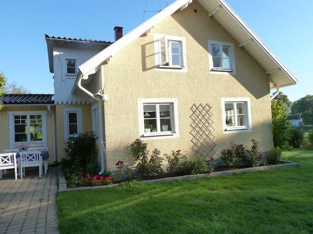 Villa Dottningholm - Drottningholm