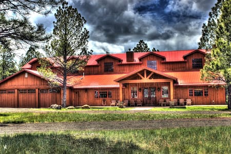 Luxurious & spacious Lodge in AZ's White Mountains - Navajo County