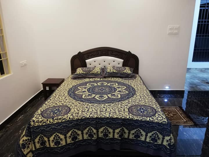 Pleasant stay in an Indian Cottage (Room 103)