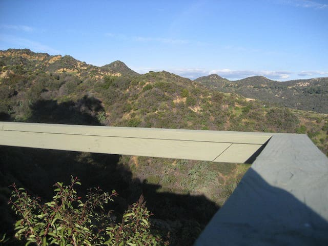 Guest Quarters @ the Hollywood Sign