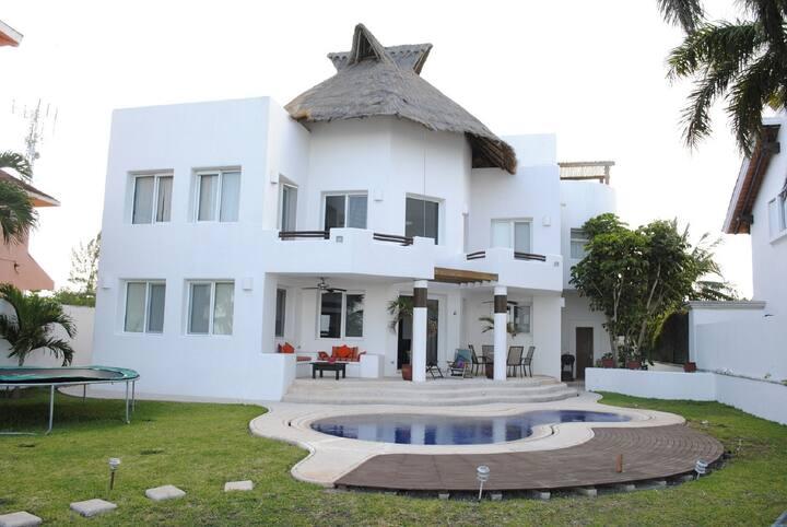 Beautiful Punta Sam Beach House