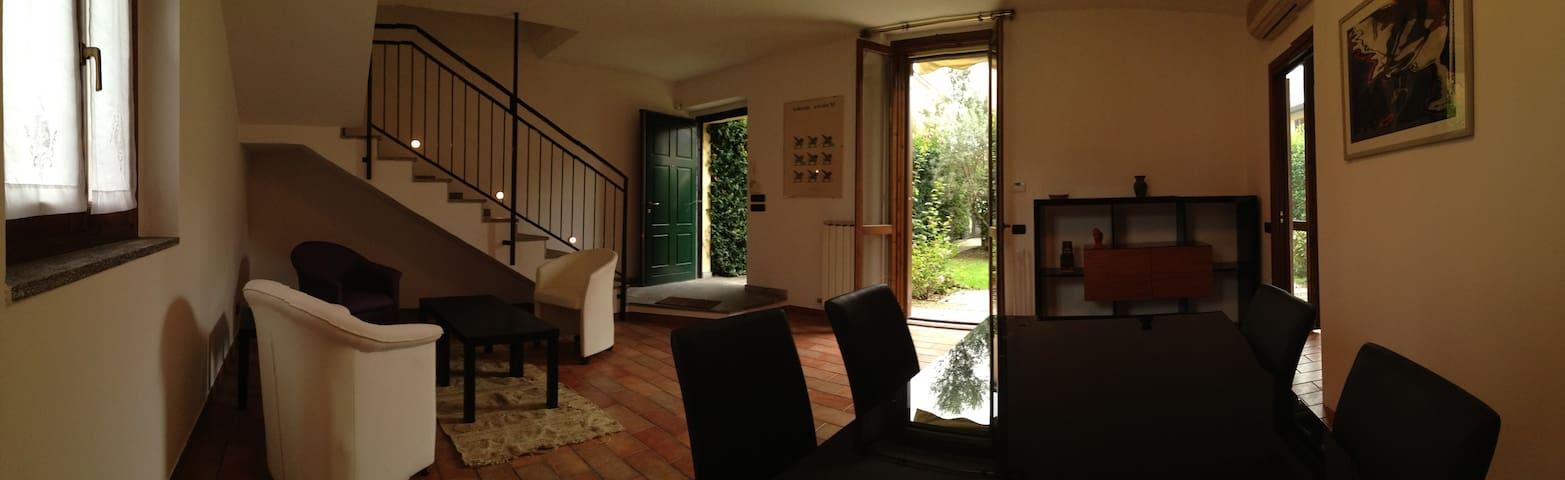 Charming House in Milan - Milaan - Huis