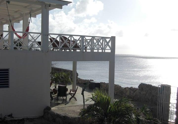 Prachtig appartement direct aan zee