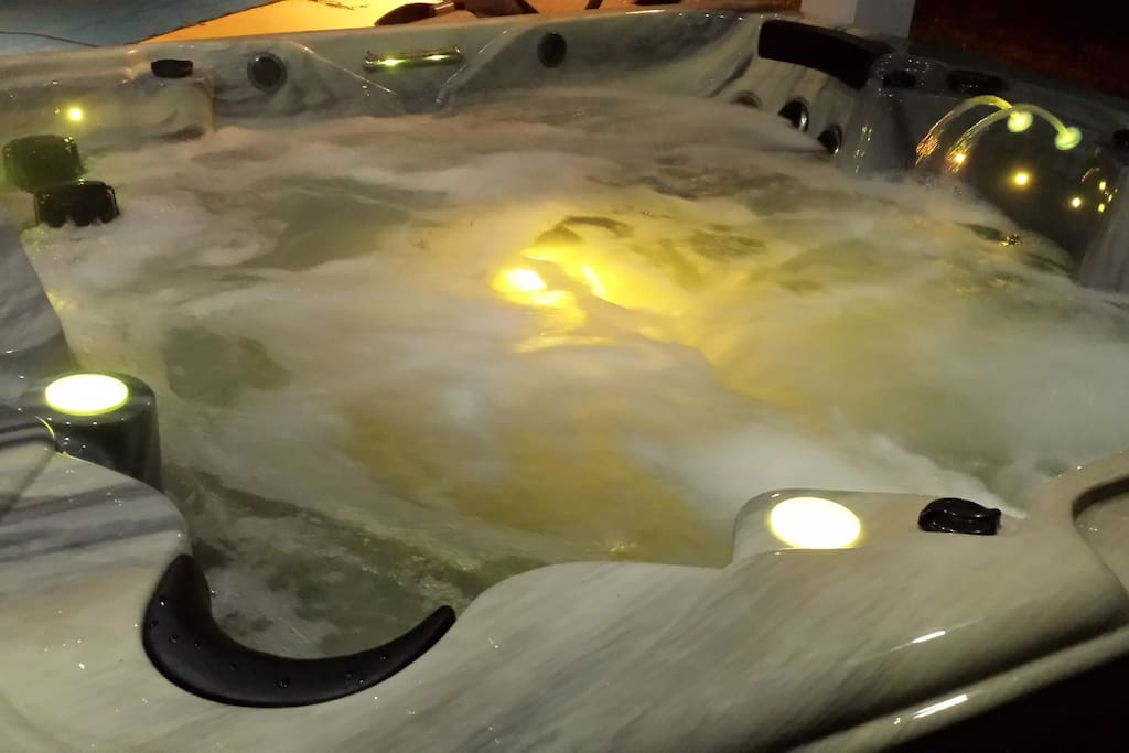 New Jacuzzi with LED lights