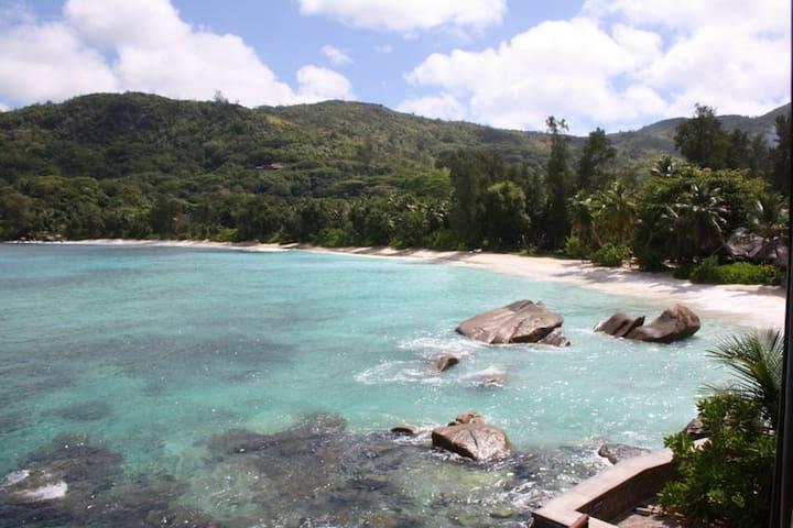 Zimmer direkt am Traumstrand - Takamaka, Mahe, Seychelles - Bed & Breakfast