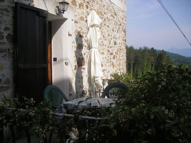 TORNEO appartamento bilocale in casa medievale