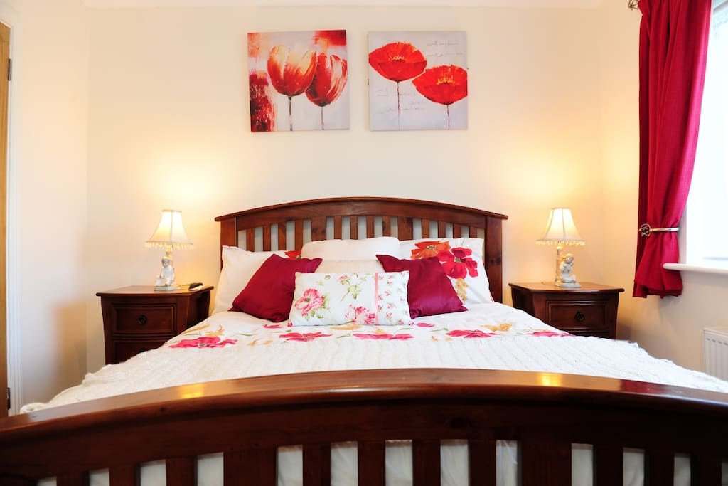 An inviting welcome to baldoyle chambres d 39 h tes for Chambre hote dublin
