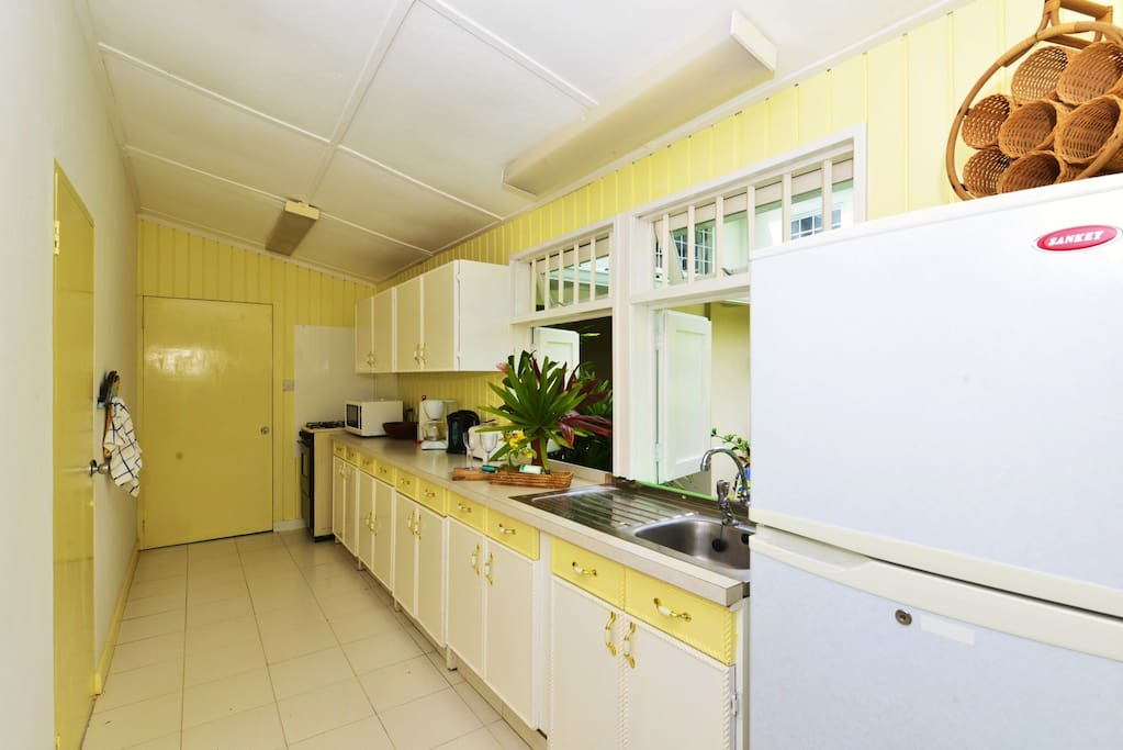 2 One Bedroom Apartments With Pool Apartments For Rent