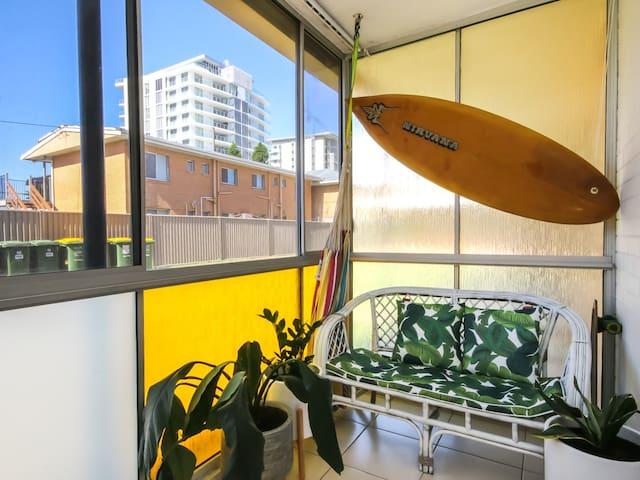 2BDR Modern Beach Pad In Cooli: Ground Floor