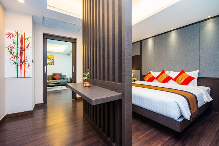 One Bedroom Executive Suite Tetris Hotel Room Only