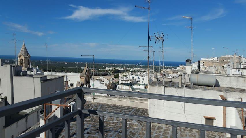 Casa Indipendente-Terrazza panoramica Ostuni