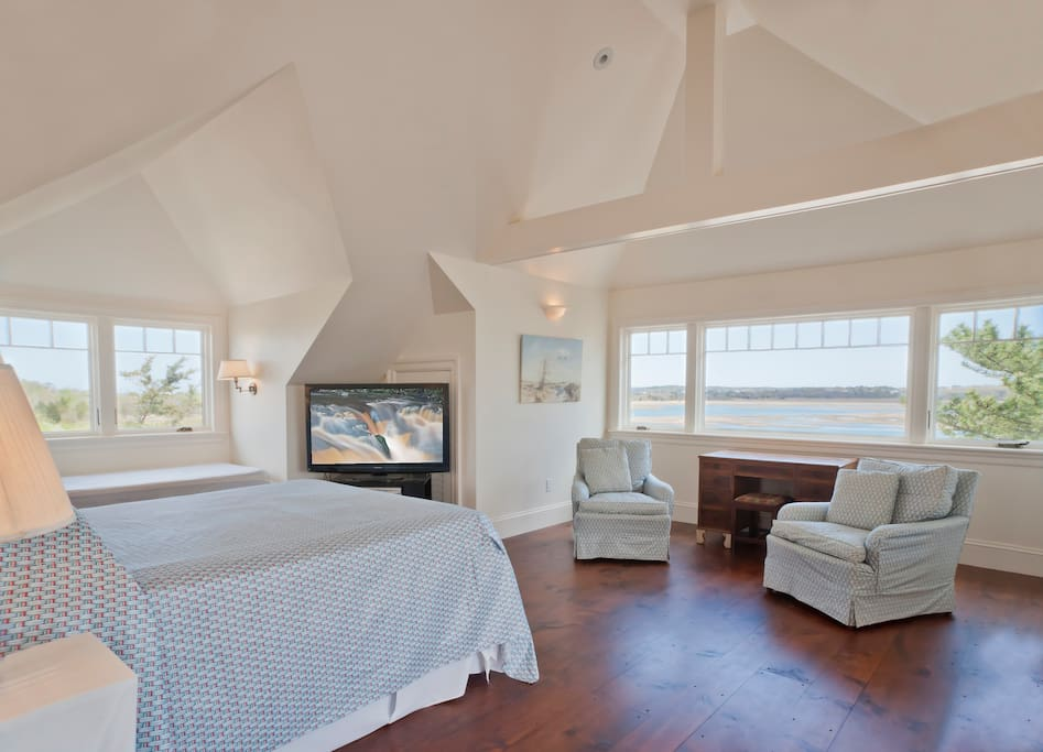 Sunrise Master Suite over Farm Creek Marsh