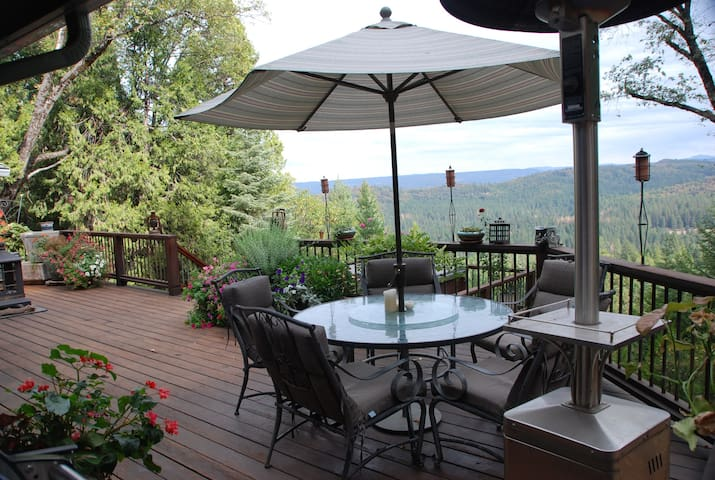 Majestic View Retreat, Nevada City - Nevada City - Huis