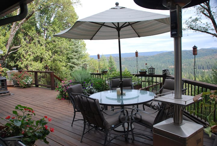 Majestic View Retreat, Nevada City