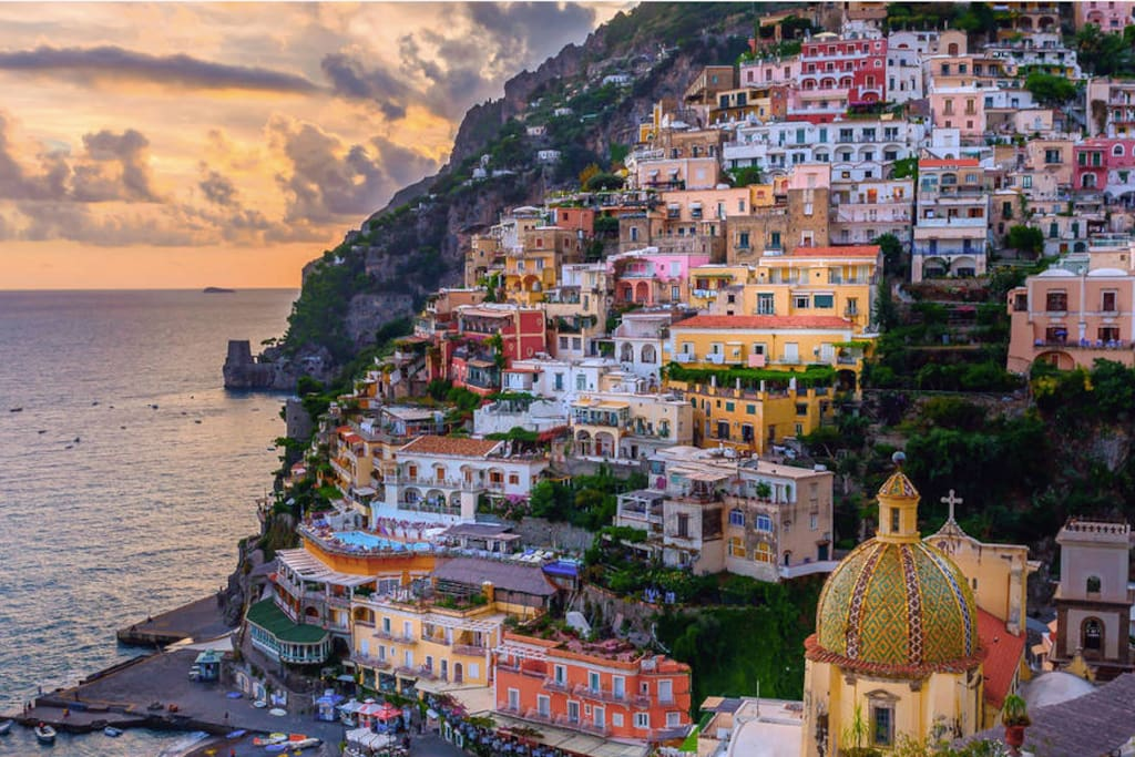 travel essay on positano Welcome to italy and the amalfi coast via sfpnn vicarious travel it's especially after john steinbeck published his essay about positano in harper's.