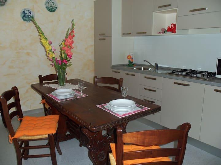 Casa dei Ciliegi-Accogliente casale Monferrato II
