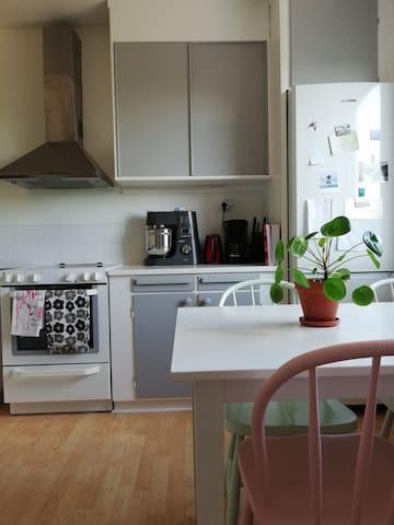 Cozy room for 2, near nature&20min fr. Stockholm C