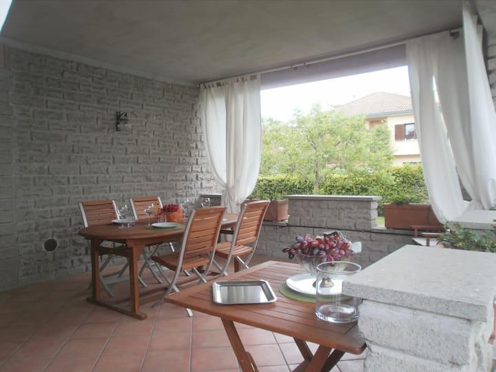 Big apartment in Villa with garden