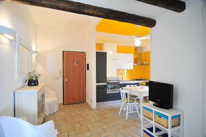 Casa in pietra con  vista mare - Sampieri - Appartamento