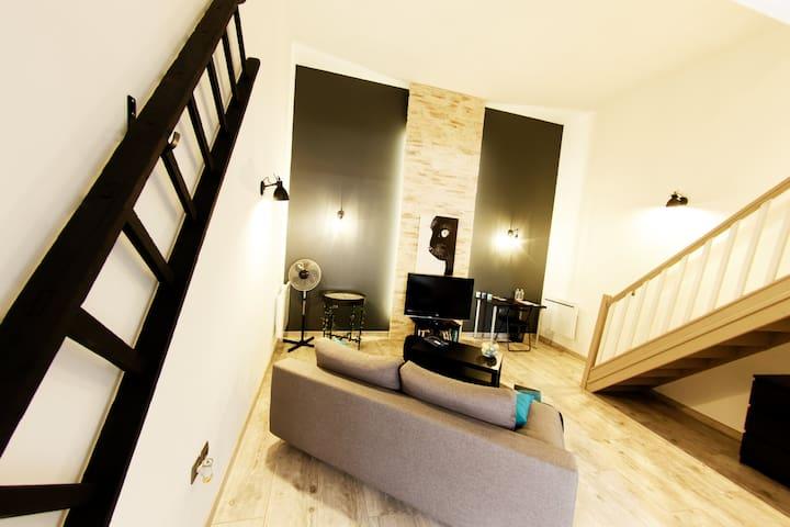 Appartement de charme, équipé, au centre de Lens