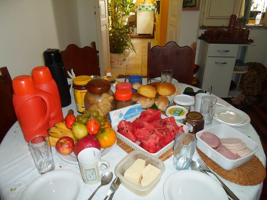 Nosso delicioso café da manhã!