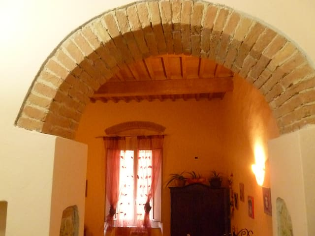 LITTLE FLAT IN TUSCAN STYLE